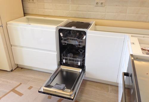 Установка посудомоечной машины в гарнитур в Тюмени